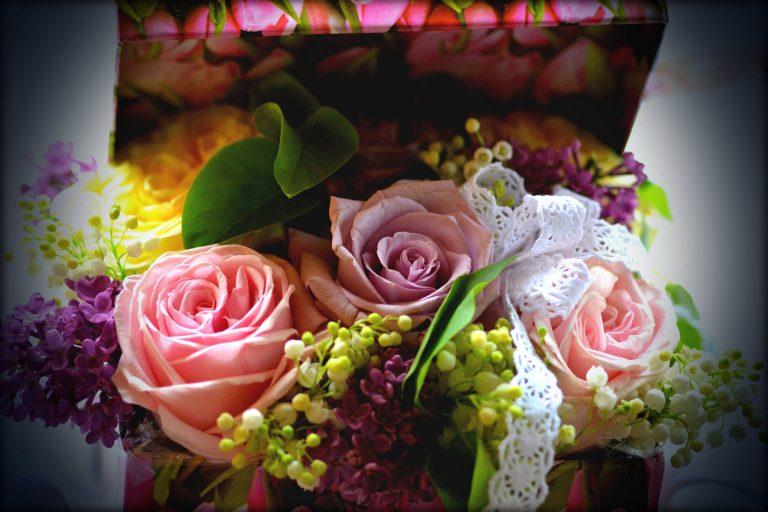Cutii cu flori – Alege din peste 300 de modele